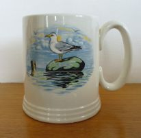 "Dartmouth Pottery vintage tankard - seagull / motto ""'tis a guid 'oss that don't stumble"""